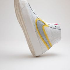 NIKE BLAZER MID VINTAGE '77 WHITE UNIVERSITY GOLD